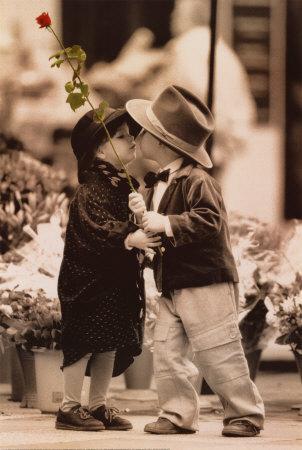 ������� first-kiss.jpg